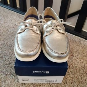 NIB Sperry Top-Sider boat shoes gold metallic 10